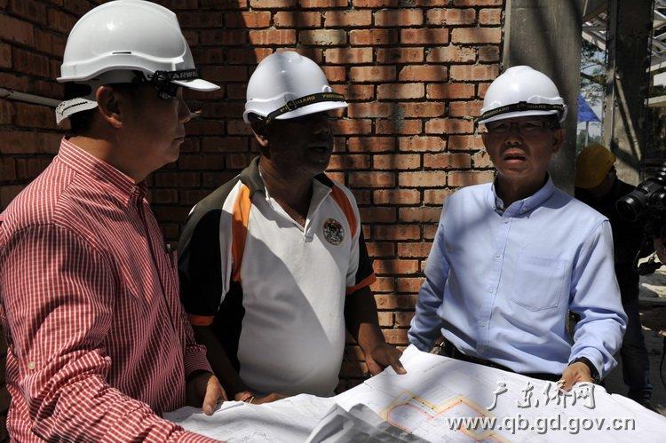 祖籍东莞清溪的黄东成是马来西亚的一名建筑商人.JPG